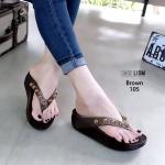 รองเท้าแตะแฟชั่น แบบหนีบ แต่งหมุดสวยเก๋ พื้นซอฟคอมฟอตนิ่มสไตล์ฟิตฟลอบ ใส่สบาย แมทสวยได้ทุกชุด (YT105)