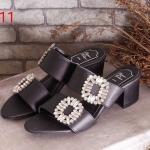รองเท้าแฟชั่น ส้นสูง แบบสวม แต่งเพชรคลิสตัล สไตล์ roger สวยหรู ส้นสูงประมาณ 2 นิ้ว แมทสวยได้ทุกชุด