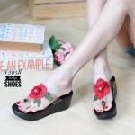 รองเท้าแฟชั่น ส้นเตารีด แบบหนีบ แต่งดอกไม้สวยหวาน หนังนิ่ม ทรงสวย ใส่สบาย แมทสวยได้ทุกชุด (V2058)