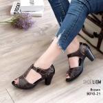 รองเท้าแฟชั่น รัดส้น ส้นสูง แต่งลายสวยคลาสสิค หนังแกะนิ่ม หนังแท้ งานนำเข้าคุณภาพ งานละเอียด ติดเมจิกเทปใส่ง่าย ส้นสูง 2.5 นิ้ว ทรงสวย ใส่สบาย แมทสวยได้ทุกชุด (8010-21)