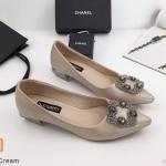 รองเท้าคัทชู ส้นเตี้ย แต่งอะไหล่หรู สไตล์แบรนด์ ส้นเหลี่ยมเก๋ ทรงสวย หนังนิ่ม ส้นสูงประมาณ 1.5 นิ้ว ใส่สบาย แมทสวยได้ทุกชุด (K9072)