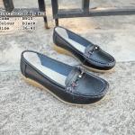 รองเท้าคัทชู ทรง loafer แต่งเย็บขอบช่วงหน้าเก๋ๆ ตกแต่งอะไหล่สไตล์กุชชี่ พื้นยางพารา ใส่นิ่มมาก แมทสวยได้ทุกชุด (N910)