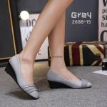 รองเท้าคัทชู ส้นเตารีด แต่งลายสวยเรียบเก๋ดูดี ทรงสวย หนังนิ่ม ส้นสูงประมาณ 2 นิ้ว ใส่สบาย แมทสวยได้ทุกชุด (2688-15)