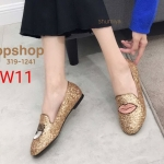 รองเท้าคัทชู ส้นแบน หนังกลิสเตอร์วิ้งแต่งปักลายตาปากสุดเก๋สไตล์แบรนด์ ทรงสวย ใส่สบาย แมทสวยได้ทุกชุด (ฺ319-1241)