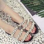 รองเท้าแตะแฟชั่น แบบสวม คาดหน้าแต่งมุกสวยหวานไฮโซ วัสดุอย่างดี ใส่สบาย แมทสวยได้ทุกชุด (1712)