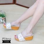 รองเท้าแฟชั่น ส้นเตารีด แบบสวม แต่งลายแต่งตารางดาเมียร์ สไตล์ LV ทรงสวย ใส่สบาย แมทสวยได้ทุกชุด (PU6025)