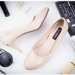 รองเท้าคัทชู ส้นสูง หนังแก้วเงา แต่งอะไหล่ส้นสวยเรียบหรู สูงประมาณ 3 นิ้ว ใส่สบาย แมทสวยได้ทุกชุด (K9162)