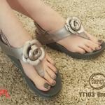 รองเท้าแตะแฟชั่น แบบหนีบ รัดส้น แต่งดอกกุหลาบสวยเก๋ พื้นซอฟคอมฟอตนิ่มสไตล์ฟิตฟลอบ ใส่สบายมาก แมทสวยได้ทุกชุด (YT103)