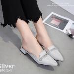 รองเท้าคัทชู เปิดส้น หนังกลิสเตอร์วิ้งเป็นประกายแต่งสร้อยเพชรหรูสไตล์ MIU MIU หนังนิ่ม ทรงสวย ใส่สบาย แมทสวยได้ทุกชุด (ฺB1012-1)