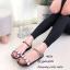 รองเท้าแตะแฟชั่น ยางซิลิโคนใสนิ่ม แต่งอะไหล่เพชรใหญ่สวยหรู งานตอกไม่หลุดง่าย สายรัดข้อตะขอเกี่ยวปรับได้ ใส่เดินในวันชิวๆ สวยและดูหรู สีดำ เงิน แมทสวยได้ทุกชุด *งานไม่มีกล่อง* (Mj036) thumbnail 3