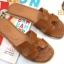 รองเท้าแตะแฟชั่น แบบสวม หน้า H สไตล์แอร์เมส ลายหนังงูสวยเรียบหรู ทรงสวย หนังนิ่ม ใส่สบาย แมทสวยได้ทุกชุด (HM21) thumbnail 1