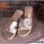 รองเท้าแตะแฟชั่น แบบสวม หน้า H สไตล์แอร์เมสเรียบเก๋ อินเทรนด์ หนังนิ่ม ใส่สบาย แมทสวยได้ทุกชุด thumbnail 1