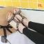 รองเท้าแตะแฟชั่น รัดส้น แบบสวม แต่งอะไหล่สวยหรู พื้นนิ่ม รัดส้นยางยืดนิ่มกระชับเท้า ทรงสวย ใส่สบาย แมทสวยได้ทุกชุด thumbnail 1