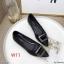 รองเท้าคัทชู ส้นเตี้ย แต่งอะไหล่สวยหรู ทรงสวย หนังนิ่ม ส้นเคลือบเงาสวยเก๋ สูงประมาณ 1 น้ิ้ว ใส่สบาย แมทสวยได้ทุกชุด (K9339) thumbnail 1