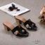 รองเท้าแฟชั่น ส้นสูง แบบสวม หน้า H สไตล์แอร์เมส ส้นลายไม้สวยเรียบหรู ทรงสวย หนังนิ่ม ใส่สบาย ส้นสูงประมาณ 2.5 นิ้ว แมทสวยได้ทุกชุด (H2201) thumbnail 4