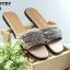 รองเท้าแตะแฟชั่น แบบสวม แต่งโซ่ด้านหน้าสวยเก๋สไตล์จีวองชี หนังนิ่ม งานสวย ใส่สบาย แมทสวยได้ทุกชุด (GV4128) thumbnail 1