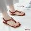 รองเท้าแตะแฟชั่น รัดส้น แบบหนีบ แต่งคริสตัล สลับโครเมี่ยมสีทองลายเก๋สไตล์โบฮีเมียน พื้นเย็บนวมนุ่ม ใส่สบาย พื้นยางกันลื่น แมทสวยได้ทุกชุด (B966-2) thumbnail 2