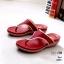 รองเท้าแตะแฟชั่น แบบหนีบ ตัดสีขอบสวยเรียบเก๋ หนังนิ่ม พื้นนิ่มรองรับรูปเท้าเพื่อสุขภาพ งานสวย ใส่สบาย แมทสวยได้ทุกชุด (6065) thumbnail 2