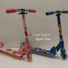 สกูตเตอร์ 3 ล้อ มีโช้ค สำหรับเด็กชาย-หญิง ปรับความสูงได้ มีไฟ LED ที่ล้อ