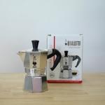 Bialetti หม้อต้ม กาแฟสด รุ่น Moka Express ขนาด 1 cup (สีเงิน)