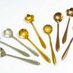 สีทอง ชุด Set ช้อนกาแฟ 3 ชิ้น ราคา 125 บาท ช้อนกาแฟลายดอกไม้ 3 แบบ แนววินเทจ