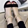 พร้อมส่ง รองเท้าส้นเตี้ยรัดข้อสีดำ มีสายมุกรัดข้อปรับระดับ แฟชั่นเกาหลี [สีดำ ]