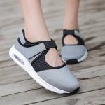 พร้อมส่ง รองเท้าผ้าใบเสริมส้นสีเทา ผ้ายืดและผ้าตาข่าย สายรัดเมจิกเทป แฟชั่นเกาหลี [สีเทา ]