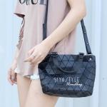 กระเป๋าสะพายแฟชั่น กระเป๋าสะพายข้างผู้หญิง Barel Mini Nologo สีด้าน [สีดำ]