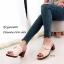พร้อมส่ง รองเท้าส้นตันเปิดส้นสีครีม แต่งอะไหล่โลหะเหลี่ยมสีทอง แฟชั่นเกาหลี [สีครีม ] thumbnail 3