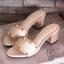 พร้อมส่ง รองเท้าส้นตันเปิดส้นสีครีม style แบรนด์ valentino แฟชั่นเกาหลี [สีครีม ] thumbnail 2