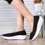 พร้อมส่ง รองเท้าผ้าใบเสริมส้นสีดำ ผ้าลูกไม้ พื้นสุขภาพ แฟชั่นเกาหลี [สีดำ ] thumbnail 1
