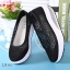พร้อมส่ง รองเท้าผ้าใบเสริมส้นสีดำ ผ้าลูกไม้ พื้นสุขภาพ แฟชั่นเกาหลี [สีดำ ] thumbnail 5