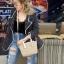 กระเป๋าสะพายแฟชั่น กระเป๋าสะพายข้างผู้หญิง ซีลีนคลาสสิค (CELINE CLASSIC) อะไหล่ทอง [สีดำ] thumbnail 3