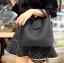 กระเป๋าสะพายแฟชั่น กระเป๋าสะพายข้างผู้หญิง กระเป๋าทรงตัวยู [สีดำ]
