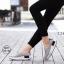 พร้อมส่ง รองเท้าผ้าใบเสริมส้นสีเทา ผ้าแคนวาส พื้นสุขภาพ แฟชั่นเกาหลี [สีเทา ] thumbnail 1