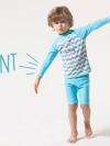 ชุดว่ายน้ำเด็กชายเสื้อแขนยาว กางเกงขาสั้น สีฟ้า-ขาว ลาย Enjoy Summer