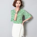 Pre-order เสื้อทำงาน โทนสีเขียว คอกลม แขนระบายสวยเก๋ เนื้อผ้าพิมพ์ลายกราฟฟิก