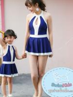 ชุดว่ายน้ำเด็กผู้หญิงสีน้ำเงินเข้ม ขาว พร้อมหมวก (มีคู่ แม่-ลูก ด้วยค่ะ จะซื้อเดี่ยว หรือซื้อคู่ ก็ได้ค่ะ)