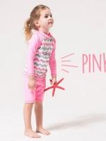 ชุดว่ายน้ำเด็กหญิงเสื้อแขนยาว กางเกงขาสั้น สีชมพู-ขาว ลาย Enjoy Summer