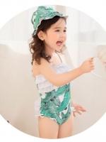 ชุดว่ายน้ำเด็กหญิงสีเขียว-ขาว ลายใบไม้ มีระบายบริเวณช่วงอก สายปรับเองได้(แบบผูกคอ) พร้อมหมวก