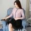 Pre-order เสื้อทำงาน สีชมพู คอระบายสวยหวาน แต่งมุกเรียงด้านหน้าไม่ซ้ำใคร thumbnail 3