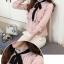 Preorder เสื้อทำงาน สีชมพู คอผูกโบว์สวย แขนแต่งระบายน่ารัก เนื้อผ้าระบายอากาศได้ดี thumbnail 4