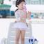 ชุดว่ายน้ำเด็กหญิงแขนยาวสีชมพูอ่อนลายดอกไม้ขาว โชว์เอว พร้อมกางเกงกระโปรง ตกแต่งโบว์ thumbnail 1