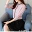 Pre-order เสื้อทำงาน สีชมพู คอระบายสวยหวาน แต่งมุกเรียงด้านหน้าไม่ซ้ำใคร thumbnail 6