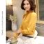Preorder เสื้อทำงาน สีเหลืองขมิ้น คอตั้ง แขนแต่งระบายสวย จับจีบด้านหน้าสวยงาม thumbnail 7