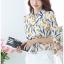 Pre-order เสื้อทำงาน คอปก สีขาว พิมพ์ลายดอกทิวลิปเหลือง งานสวยน่ารักมาก thumbnail 7