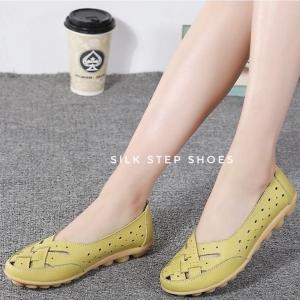 SK05 รองเท้าหนังนิ่มเย็บสานด้านหน้า SIZE 35-44