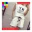 ชุด 2 ชิ้น เสื้อแฟชั่น + กางเกงเอวจั๊มขาสั้น สีขาว thumbnail 3