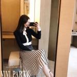 ชุดเซ็ตไหมพรมแฟชั่น Set :Black&White Knit Cadigan wt A-Line Knit MidSkirt