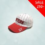 หมวกทรงเบสบอล สำหรับเด็ก ปัก New York สีแดง ขนาดศีรษะ 47-54 ซม สามารถปรับขนาดได้ เหมาะสำหรับน้อง ๆ วัย 2-8 ขวบ มี 3 สีให้เลือก